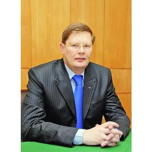 Управляющий директор УМПО А. Артюхов награжден памятным знаком «СоюзМаш России»