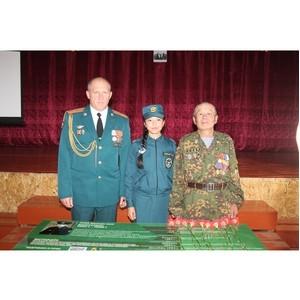 Парта героя, посвященная погибшему сотруднику СОБР, установлена в Туве