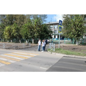 Активисты ОНФ на Алтае проверяют безопасность пешеходных переходов вблизи школ и детских садов