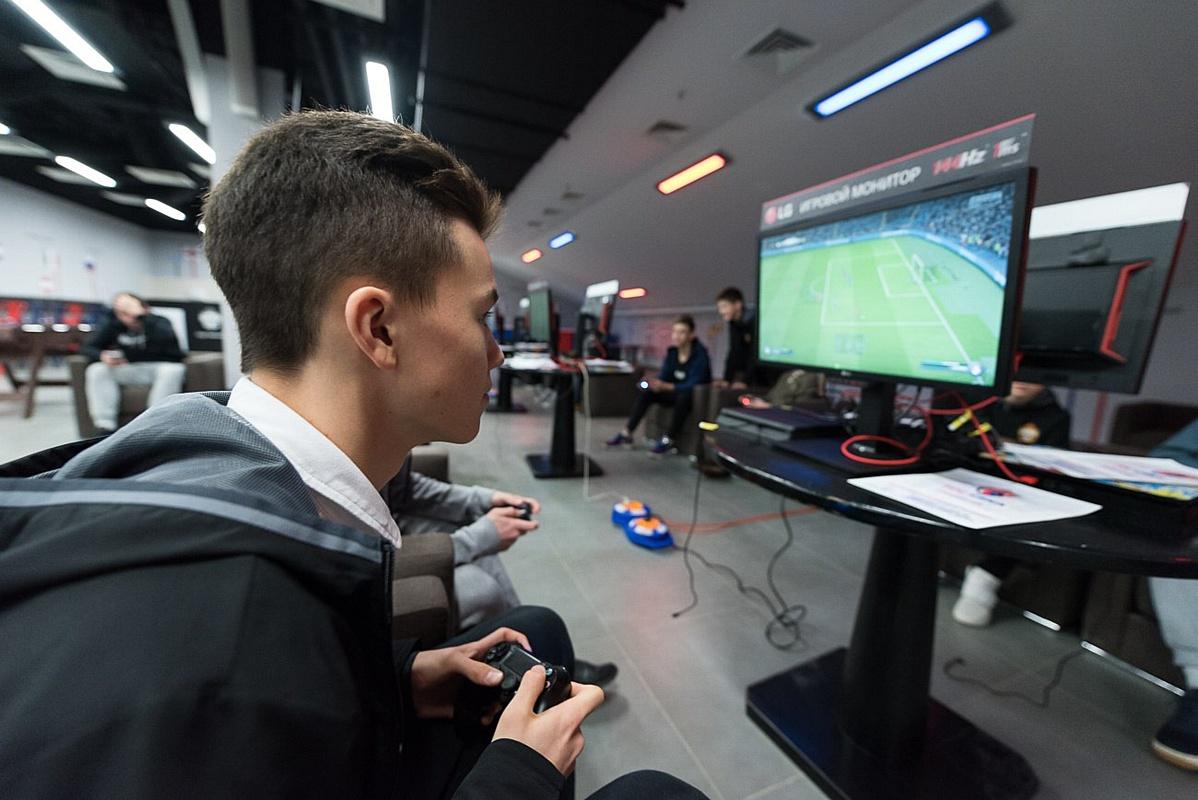 LG Electronics и проект «Федерация киберфутбола России (ФКФ)» объявляют о сотрудничестве